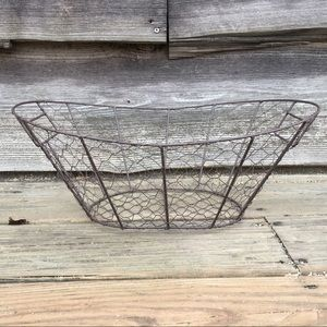 Chicken wire basket farmhouse decor metal